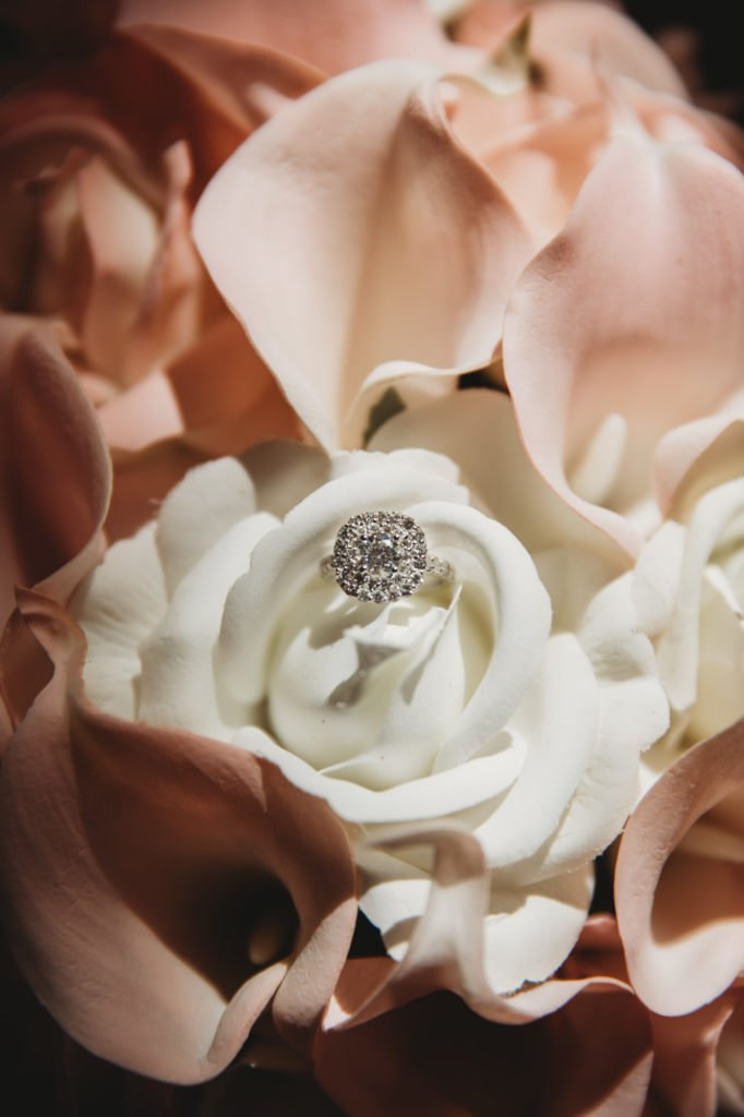 wedding details photography bride's ring and bouquet
